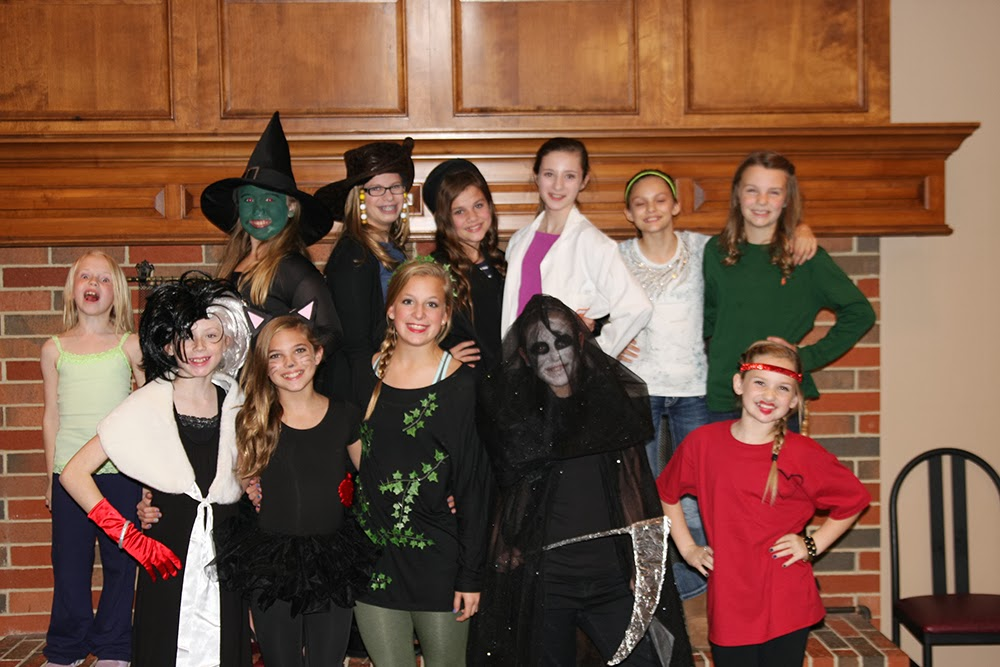 A SPooKY Fun Twelfth Birthday Murder Mystery Party.